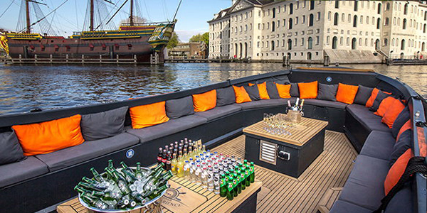 BBQ luxury open boat with drinks