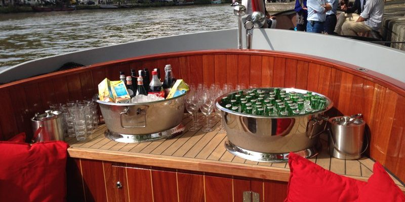 Sloep Nassau Boot Borrelboot drankjes